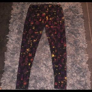 6/$20 sale LuLaRoe leggings size Tall&Curvy